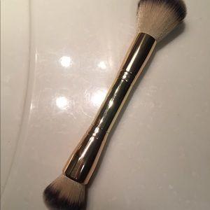 Maskcara Blush + Bronzer Brush